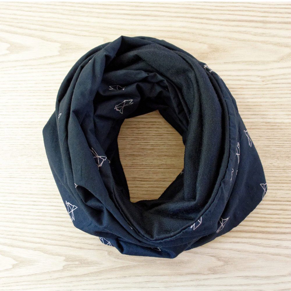 Snood scarf for women made with merino wool | Lady Harberton