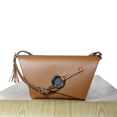 The Camel leather Clutch bag Lady Harberton front
